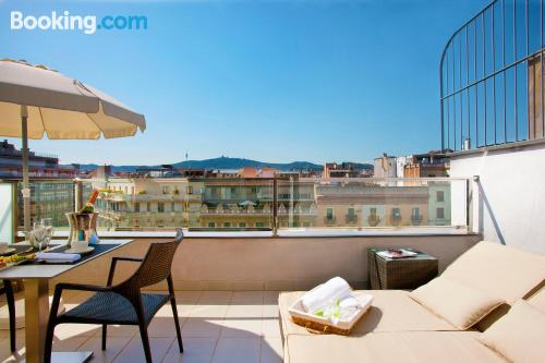 Apartment with terrace in central location of Barcelona