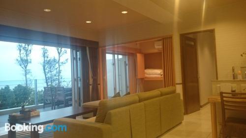 Apartamento con terraza. ¡Aire acondicionado!