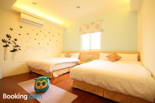 Apartamento de tres dormitorios con terraza