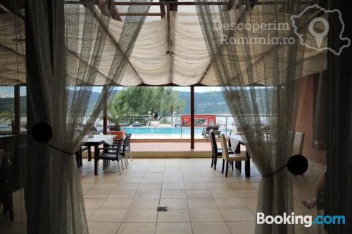 Apartamento con piscina en Eşelniţa