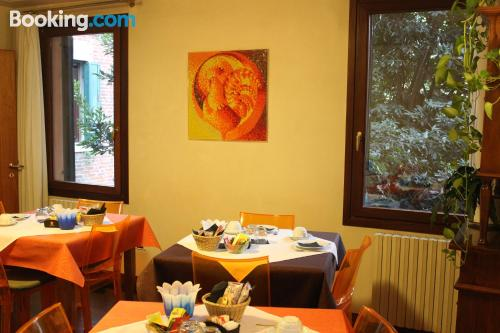 Great location with air-con in Venice for couples