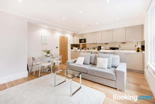 Apartment in London with heating and wifi