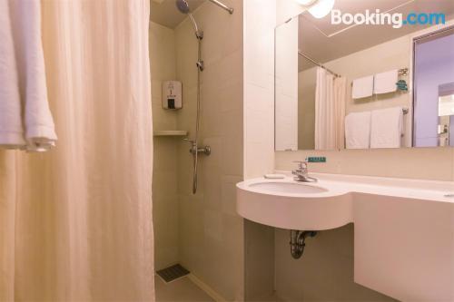 Práctico apartamento dos personas en Dalian
