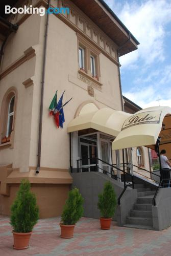 Apartamento en Piatra Neamt ¡Con terraza!