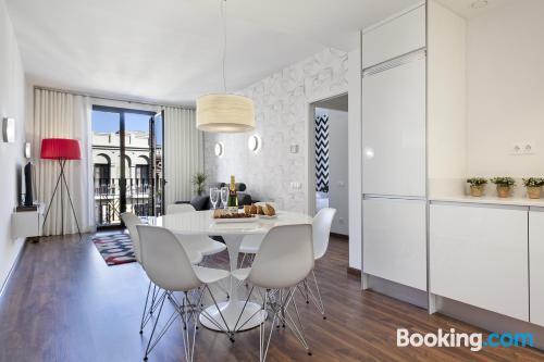 Amplio apartamento de tres dormitorios en Barcelona