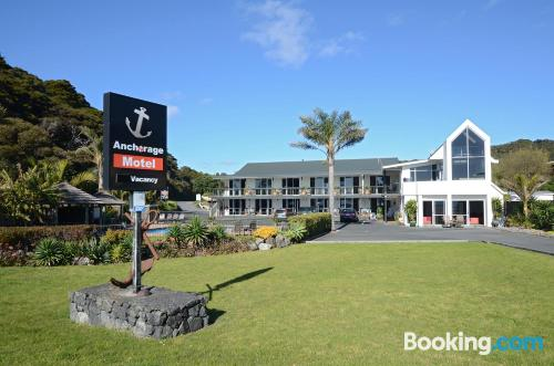 Home for couples. Enjoy your pool in Paihia!