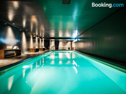 1 bedroom apartment in Paris with swimming pool