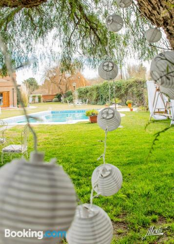 Stay cool: air-con place in Neuquen with wifi