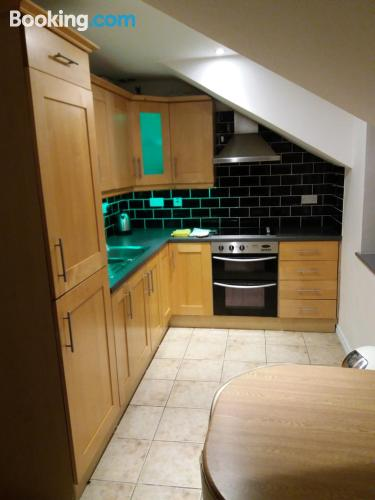 2 bedrooms in central location. Ideal!