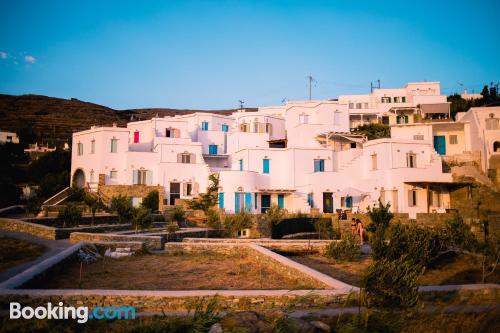 Gran apartamento en Agios Romanos con internet
