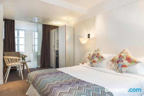 Appartamento con terrazza, a Parigi