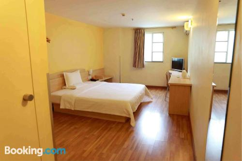 Home for couples in Nanning. Wifi!