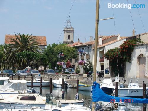 Home for 2 in Marseillan in superb location