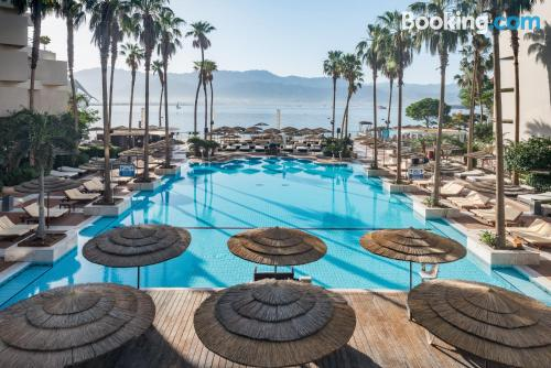 Place in Eilat with wifi.