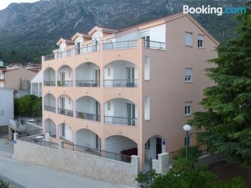 Apartamento céntrico con wifi y terraza