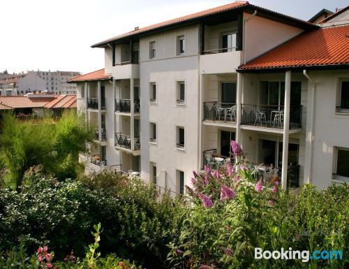 Perfect location and terrace in Biarritz. 40m2!