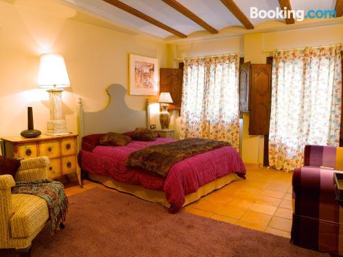 Apartamento de dos habitaciones en Buera perfecto para grupos