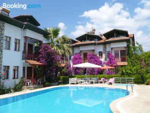 Stay cool: air-con home in Dalyan. Great location!