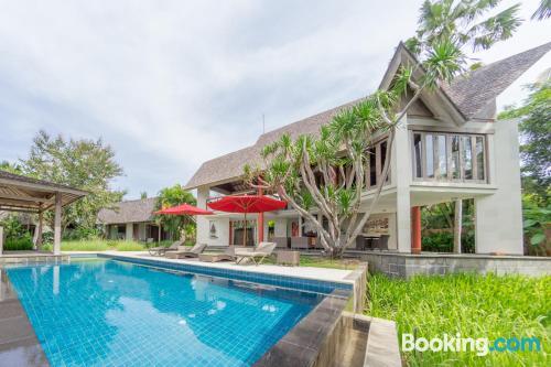 Apartamento de 400m2 en Keramas con terraza