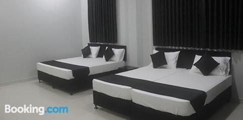 3 bedroom apartment. Convenient for groups
