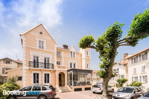 Home with air in superb location of Biarritz