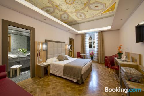 Apartamento con todo en Roma. ¡Conexión a internet!