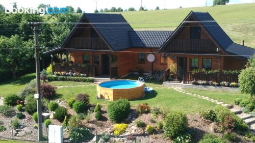 Home with wifi. Enjoy your pool in Červená Voda!