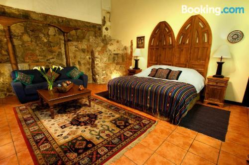 Apartamento con terraza y conexión a internet en Antigua Guatemala y calefacción