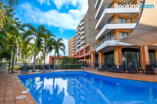Spacious apartment in Darwin with air