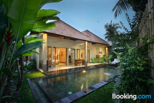 Cozy home in Ubud. Air-con!