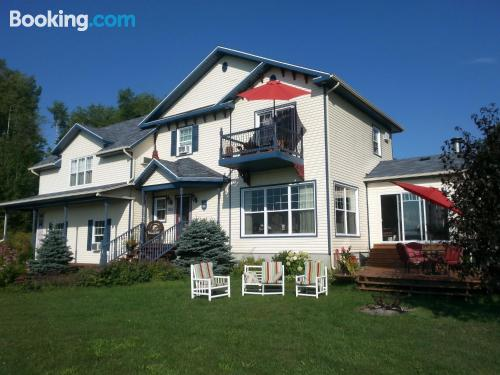 Home for couples in Shawinigan with terrace