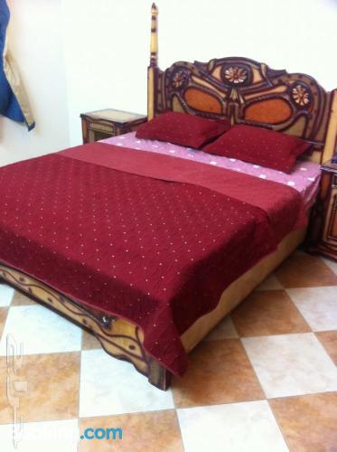Apartamento de 130m2 en Taif. ¡Aire acondicionado!