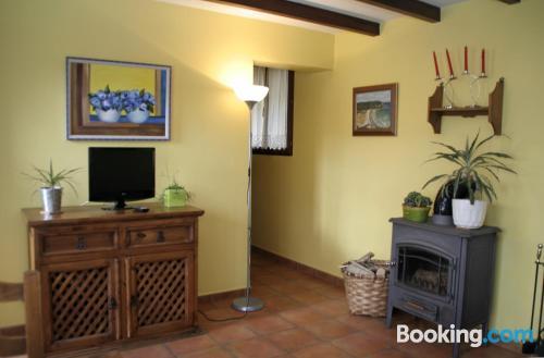 Espacioso apartamento en Soto de Luiña buena zona con vistas
