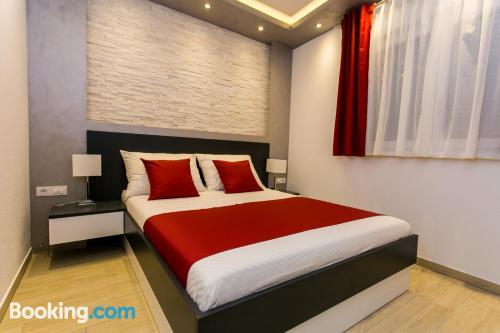 Apartamento para grupos con terraza y wifi