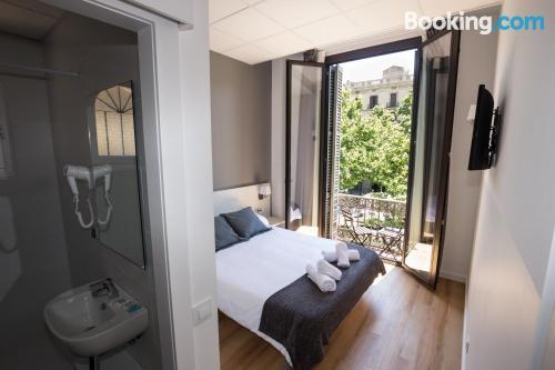 Bonito apartamento dos personas en zona increíble de Barcelona