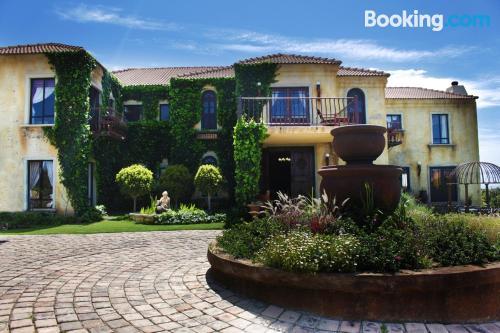 Appartamento con terrazza e Wifi. Jeffreys Bay ai vostri piedi!