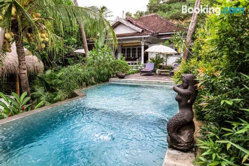 Apartamento en Kuta Lombok con piscina