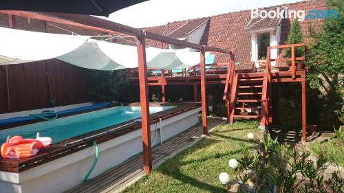 Apartamento con piscina en Teliucu Inferior