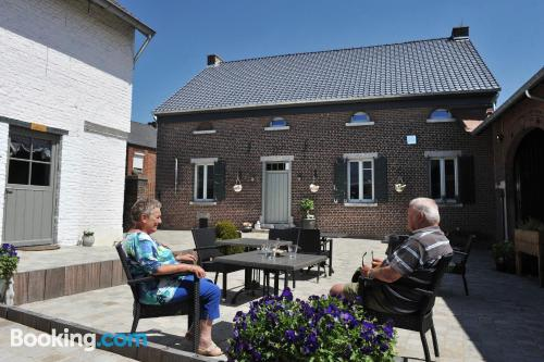 Homey apartment in Maasmechelen. For couples