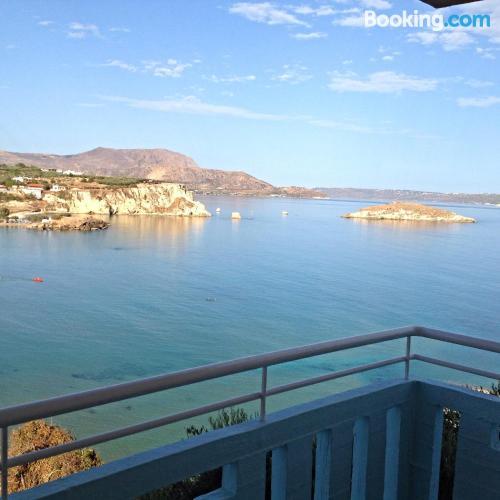 Apartamento con terraza en Almirida