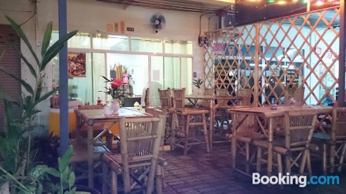 Apartamento con todo en Khao Lak con conexión a internet