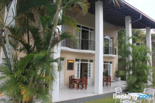 Apartamento con piscina, wifi y vistas
