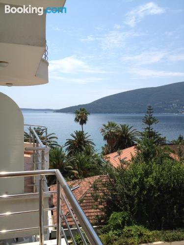 One bedroom apartment in Herceg-Novi. For two