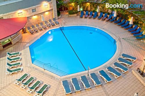 Apartamento en Jerusalen con piscina.
