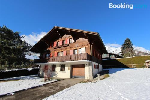 Apartamento en Chateau-d'Oex. ¡Ideal para cinco o más!
