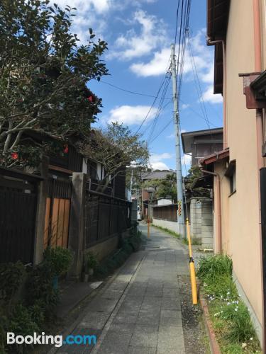 Pequeño apartamento en Kamakura con internet.