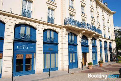 Tiny apartment in best location of Le Plessis-Robinson