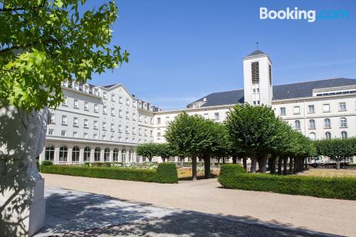 Acogedor apartamento parejas en centro de Angers
