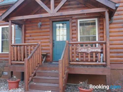 Place in Beech Mountain. Great for 6 or more