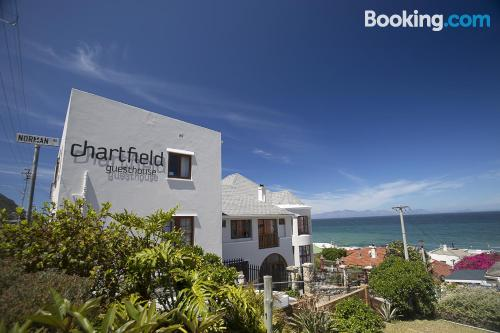 Apartment for two in Kalk Bay with swimming pool and terrace.